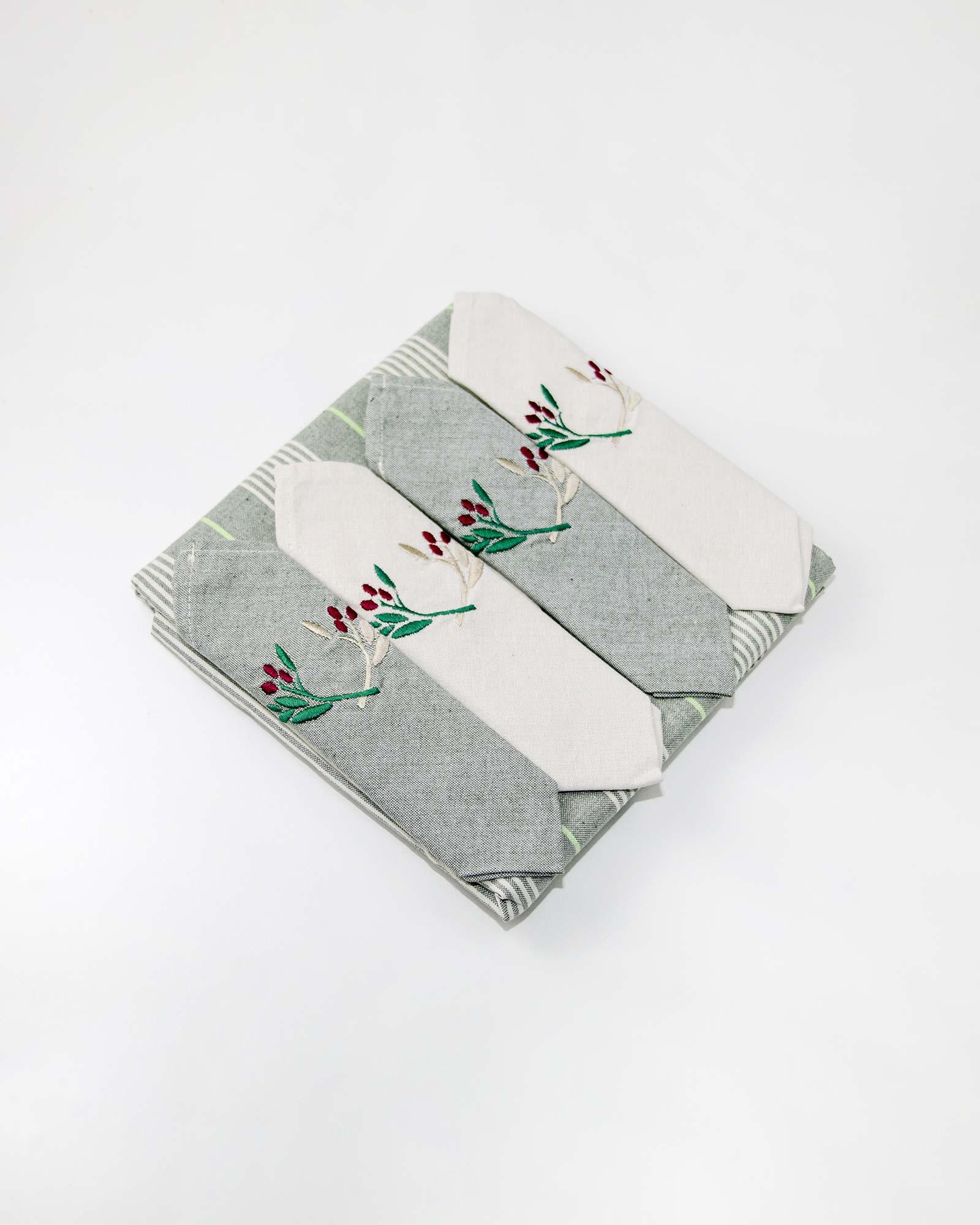 Τραπεζομάντηλο με πετσέτες φαγητού